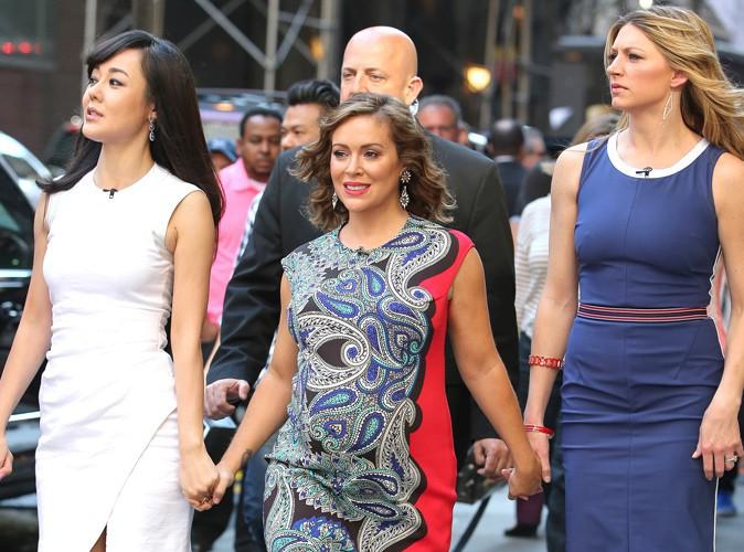 Alyssa Milano : entourée de ses copines de Mistresses pour le lancement de la saison 2, la star enceinte rayonne !