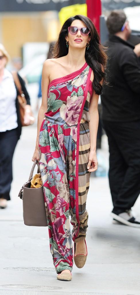 Photos : Amal Alamuddin : virée colorée et stylée pour la future épouse de George Clooney !