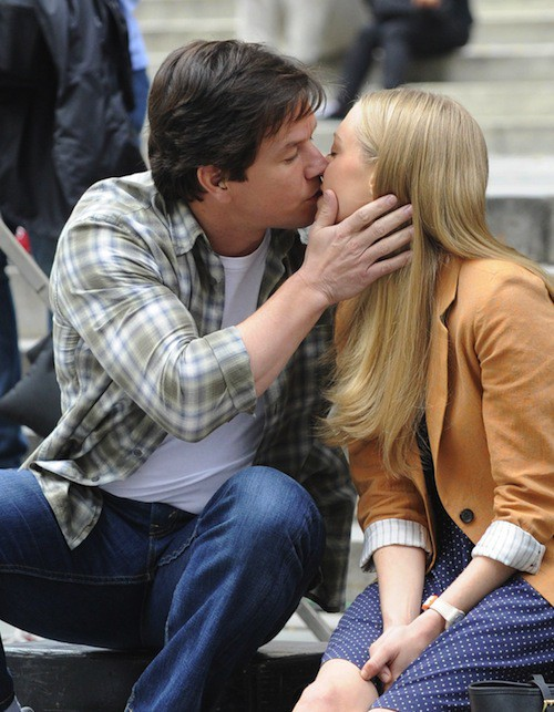 Amanda Seyfried et Mark Wahlberg sur le tournage de Ted 2, le 7 octobre 2014