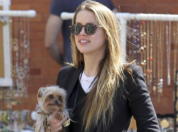 Amber Heard : fraîche et jolie, la fiancée de Johnny Depp s'affiche avec son adorable bébé dans les rues de New-York !