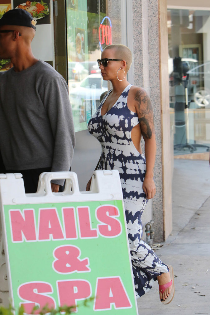 Photos : Amber Rose : ça part en sucette !