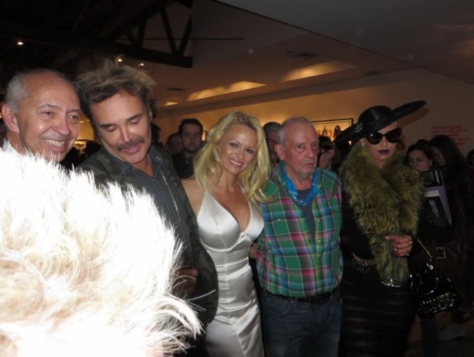 Photos : Amber Rose : elle montre ses fesses à Pamela Anderson et Arnold Schwarzenegger !