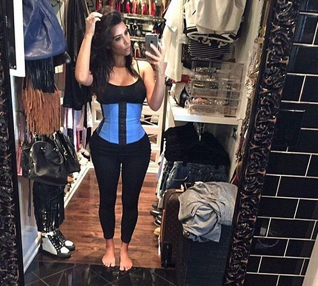 Photos : Amber Rose : en bonne rivale, elle s'inspire encore du look de Kim Kardashian !