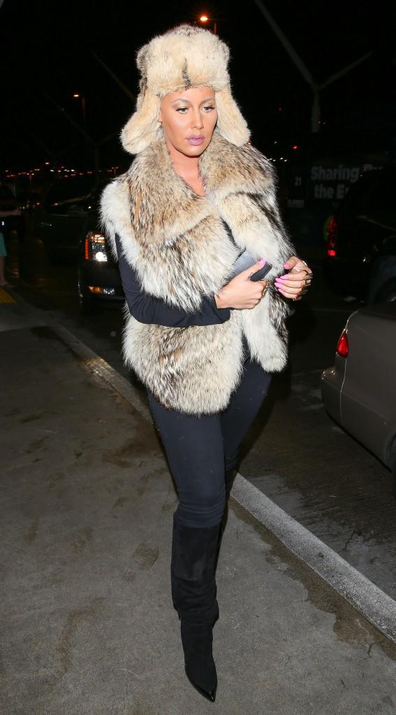 Photos : Amber Rose : reine des neiges... ou du fashion faux-pas !