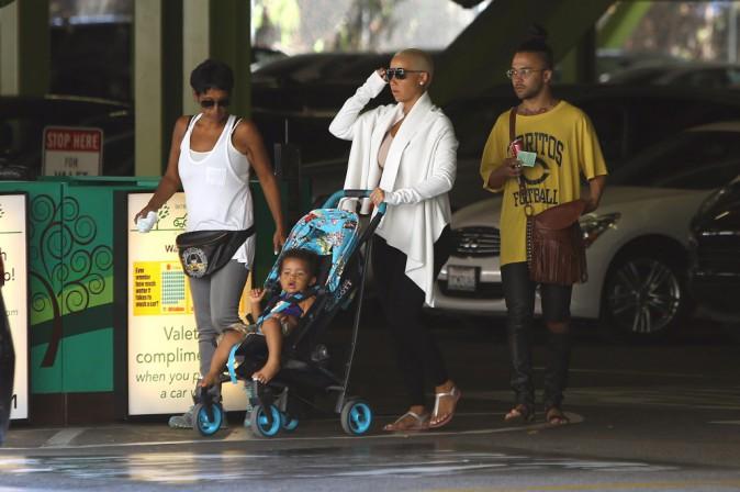 Amber Rose : vir�e shopping avec son petit Sebastian !
