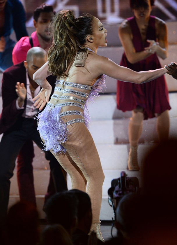 Jennifer Lopez à la cérémonie des American Music Awards organisée à Los Angeles le 24 novembre 2013