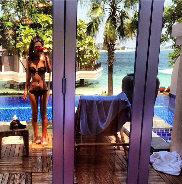Photos : Anara Atanes : bikini body et regards de braise, la girlfriend de Nasri fait grimper la température !