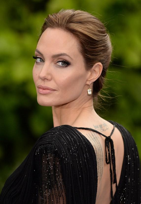 Angelina Jolie à Londres le 8 mai 2014
