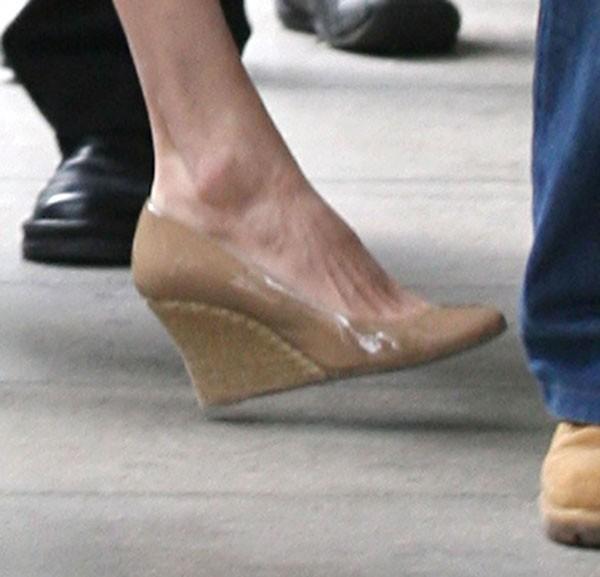 Angelina a enfilé de jolies chaussures !