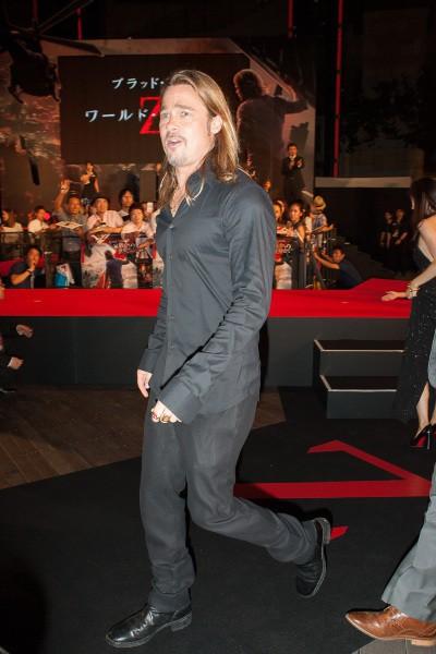 """Brad Pitt lors de la première de """"World War Z"""" à Tokyo, le 29 juillet 2013."""