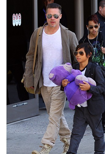 Brad Pitt et Pax à Los Angeles le 5 février 2014