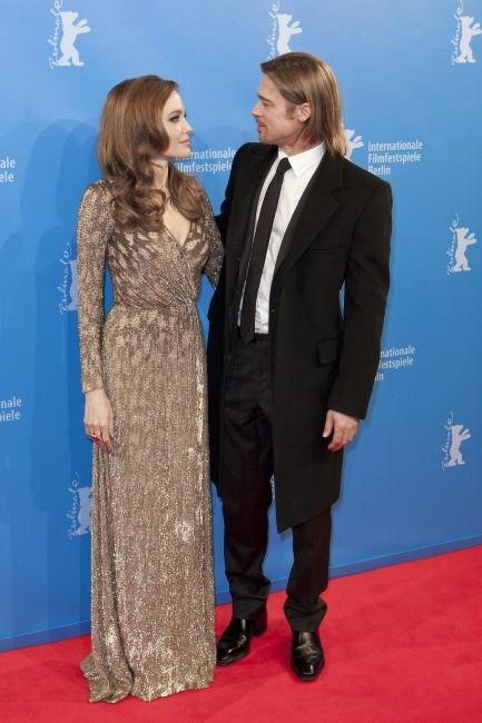 Angelina Jolie et Brad Pitt lors du Festival du Film de Berlin, le 11 février 2012.