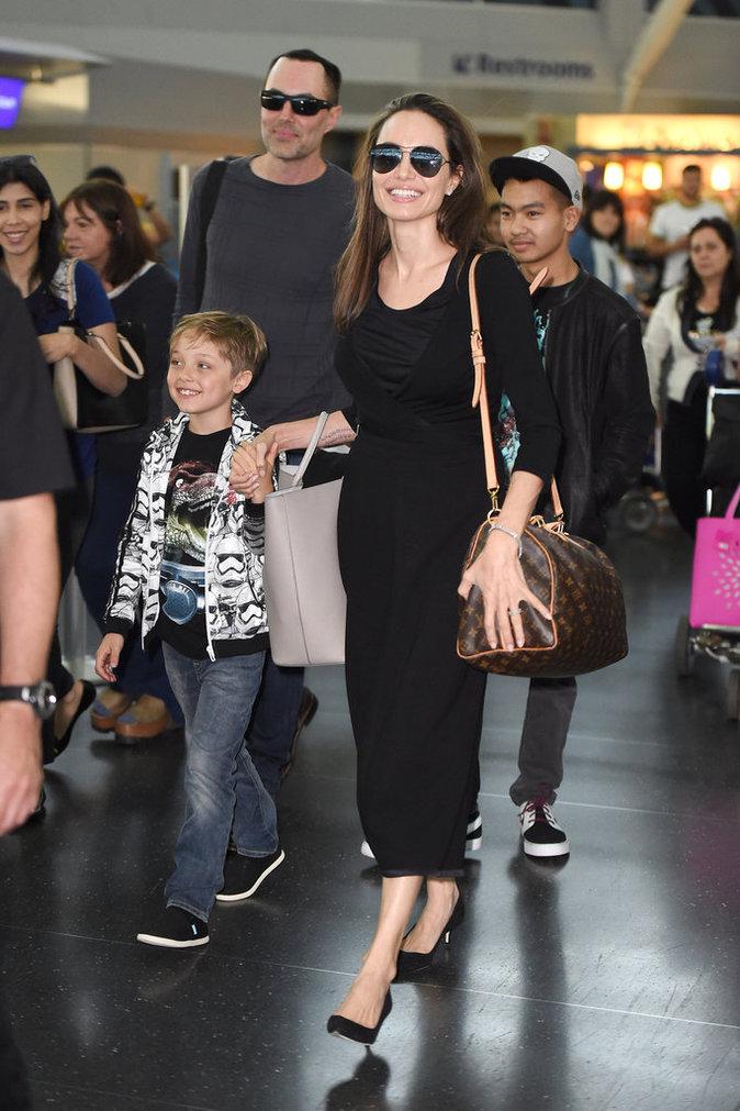 Angelina Jolie et ses fils à New York le 17 juin 2016