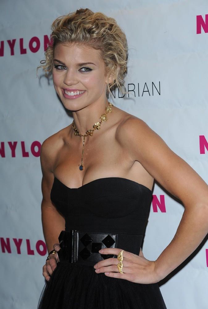 Photos : AnnaLynne McCord en 2009