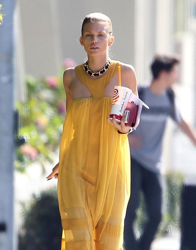 AnnaLynne McCord, Santa Monica, 3 novembre 2012.
