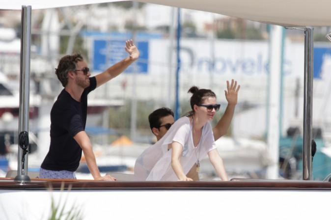 Anne Hathaway Adam Shulman : Heureux et amoureux, ils s'éclatent à Ibiza !