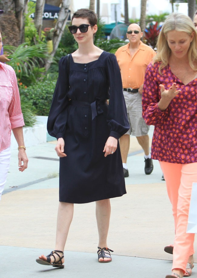 Anne Hathaway le 11 mai 2012 à Miami Beach
