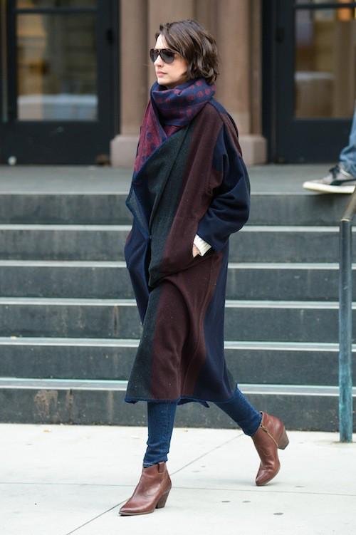 Photos : Anne Hathaway : comparée à Amal Clooney en plein marathon promo… découvrez sa réaction !