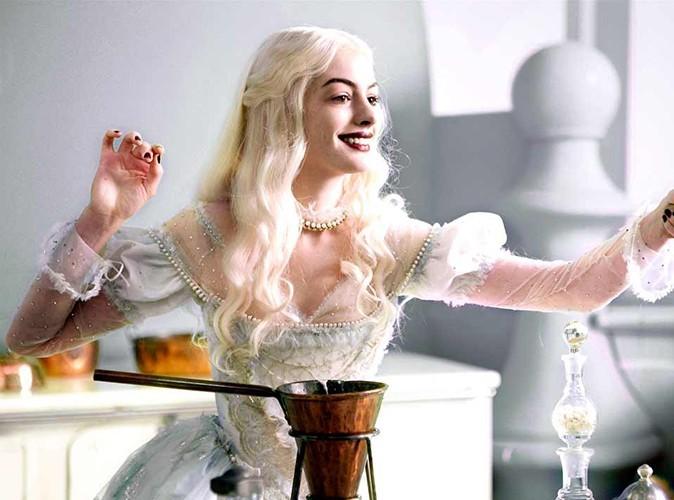 """Tournant : dans son premier Burton, ici dans """"Alice au pays des merveilles"""" en 2010"""