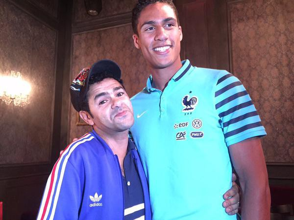 Jamel Debbouze et Raphael Varane