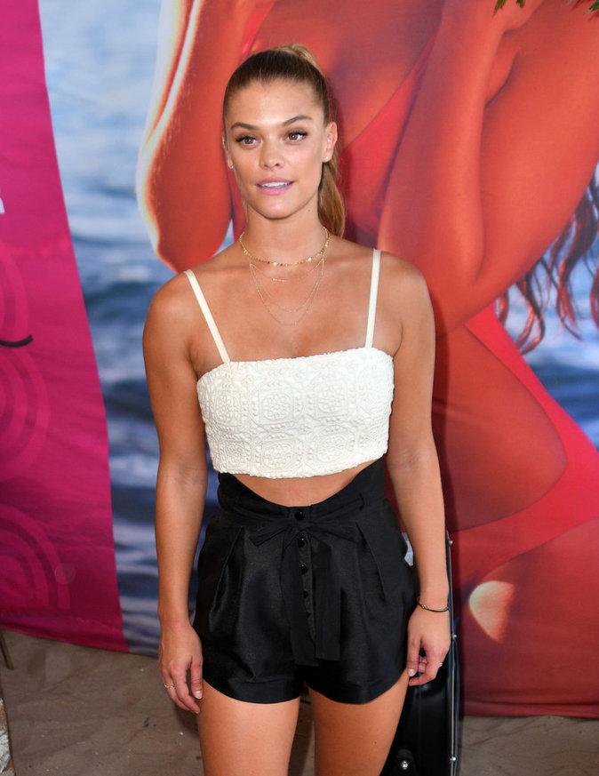 Nina Agdal à New York le 28 août 2016