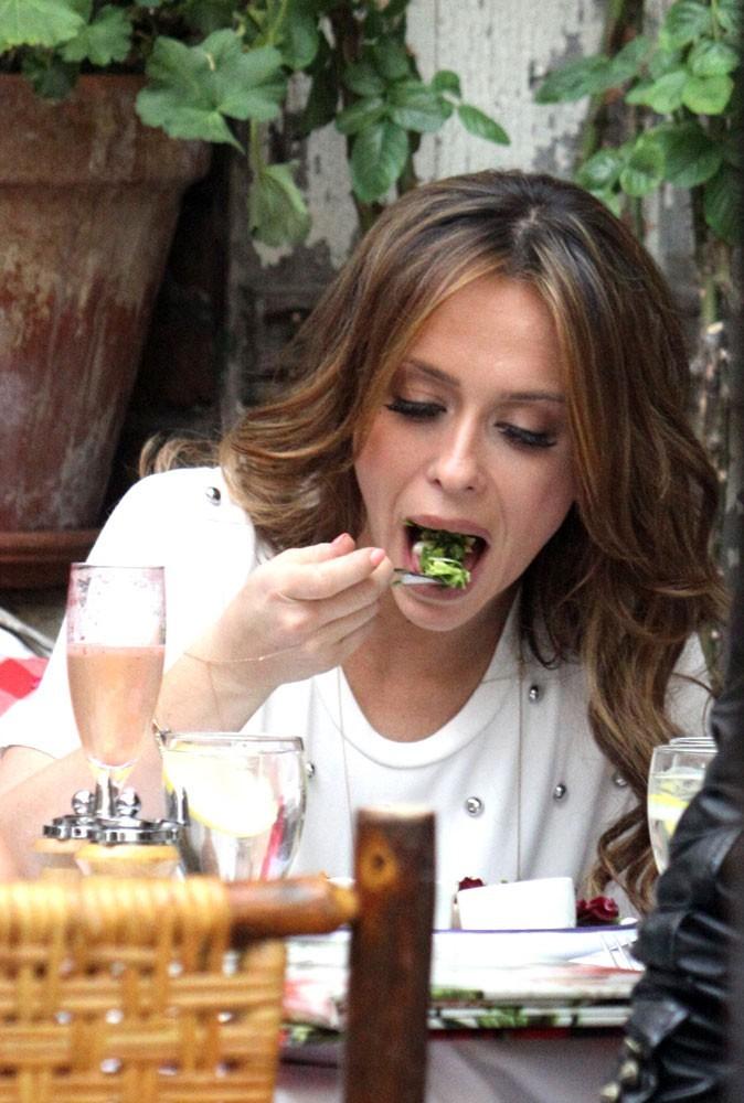 Photos : découvrez le péché mignon de Jennifer Love Hewitt !