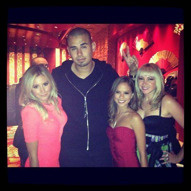 Avec DJ Afrojack et ses copines