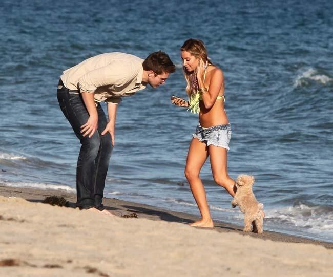 Ashley Tisdale et Scott Speer le 2 juillet 2012 à Malibu
