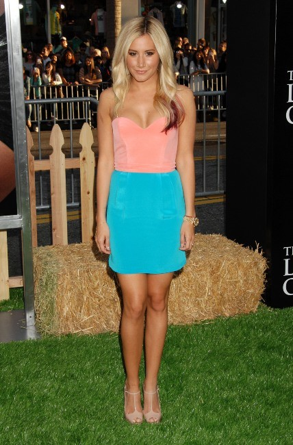 "Ashley Tisdale lors de la première hollywoodienne du film ""Lucky One"", le 16 avril 2012."