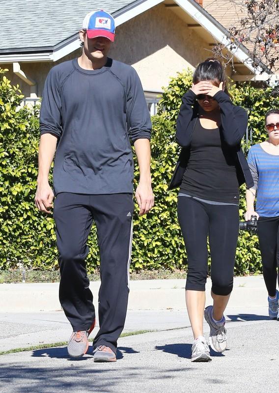 Mila Kunis et Ashton Kutcher, Los Angeles, 19 janvier 2013.