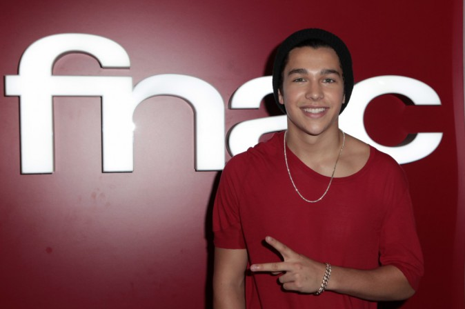 Austin Mahone rencontre ses fans à Paris !