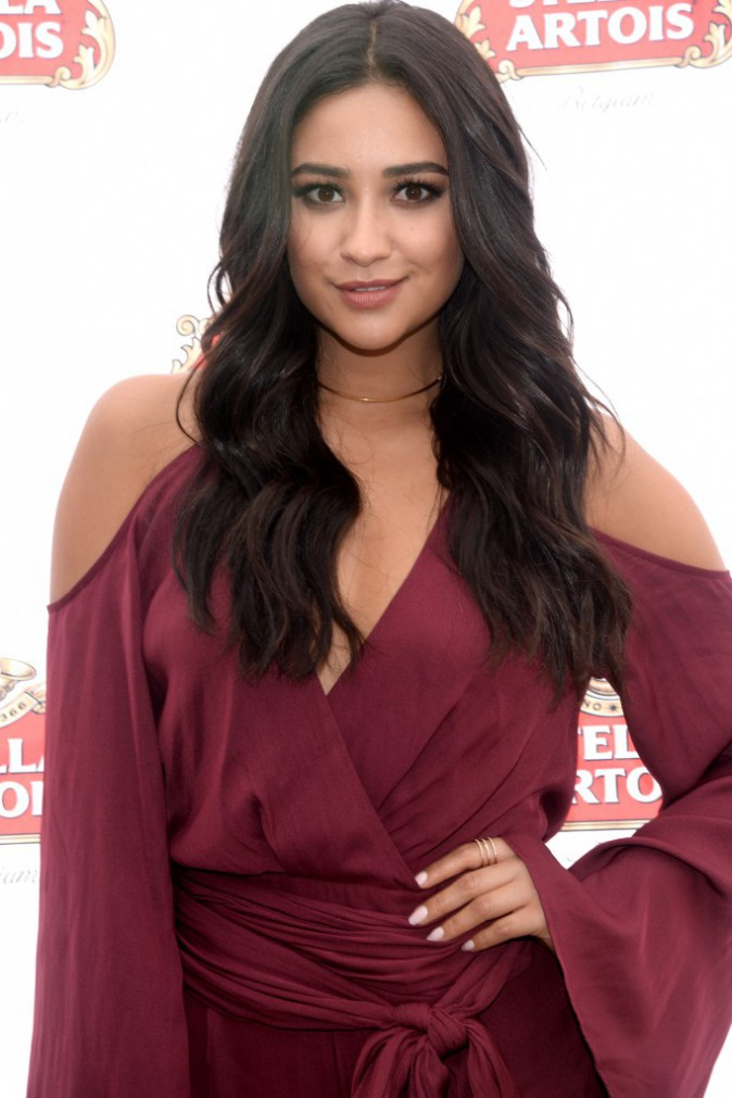 Shay Mitchell le 21 septembre 2015