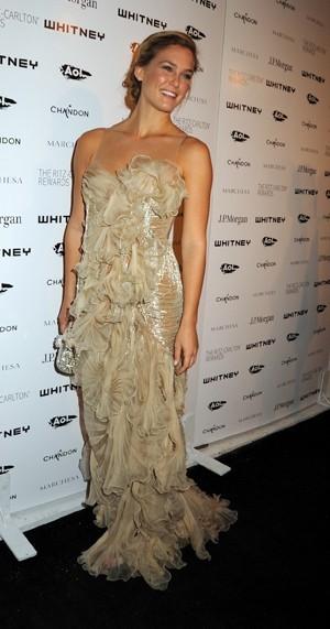 Bar Refaeli lors de la soirée Whitney Museum of American Art Gala à New York, le 5 octobre 2011.