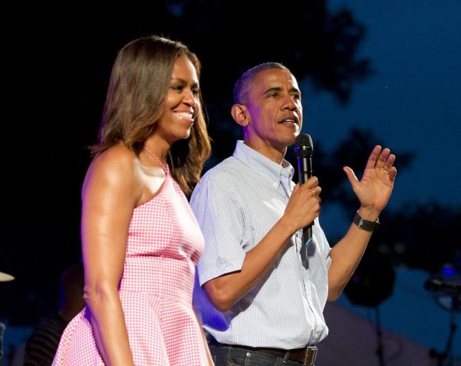 Photos : Barack et Michelle Obama s'éclatent avec Bruno Mars pour célébrer le 4 juillet !