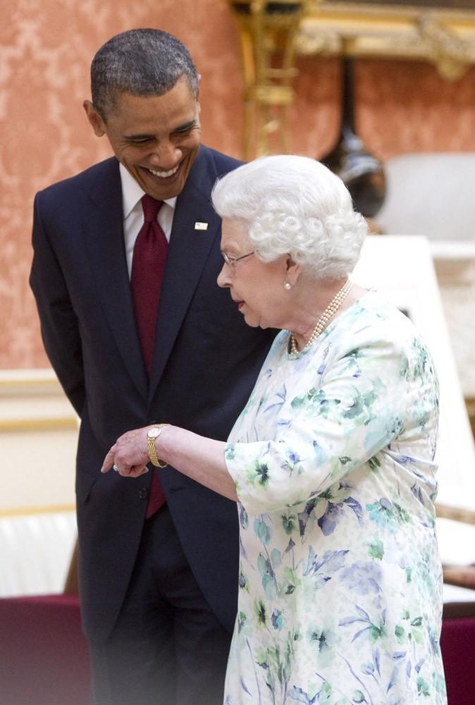 Barack Obama rend visite à Mémé, enfin à la reine d'Angleterre, quoi...