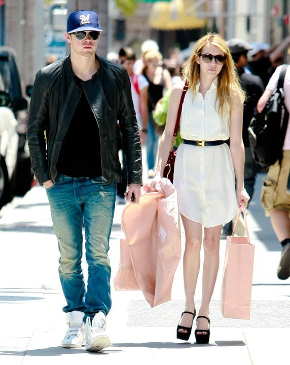Emma Roberts et Chord Overstreet : le couple glamour