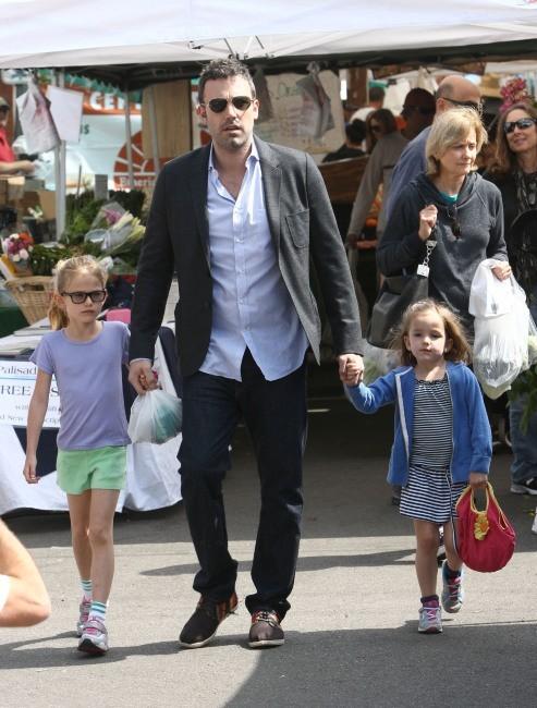 Ben Affleck et ses filles le 28 avril 2013 à Los Angeles