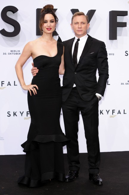 Berenice Marlohe et Daniel Craig le 30 octobre 2012 à Berlin
