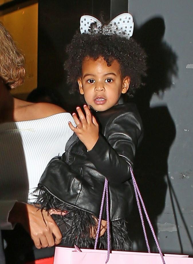 Photos : Beyoncé : Blue Ivy trop craquante dans les bras de sa maman !