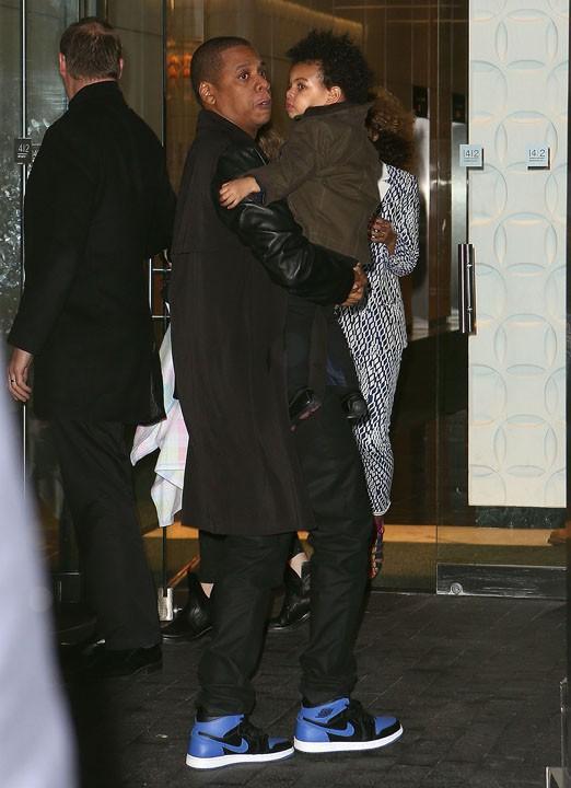 Beyoncé avec Jay-Z et Blue Ivy à New-York le 3 avril 2014