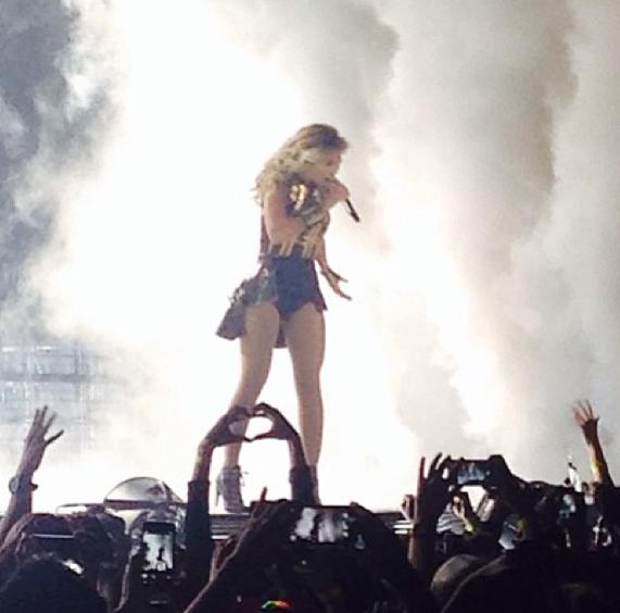 Beyoncé sur la scène du Staples Center à L.A !