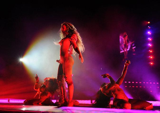 Photos : Beyoncé se confie sur son mariage en plein concert... et c'est du lourd !