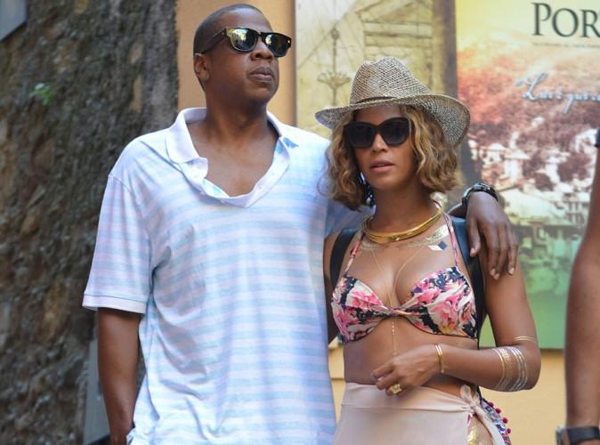 Beyoncé : sexy et amoureuse pour ses vacances avec Jay-Z en Italie !