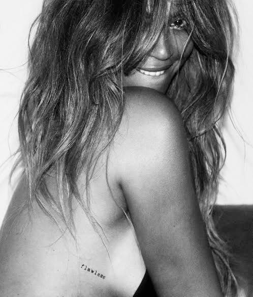 Beyoncé : Sexy et sauvage pour présenter sa collection de tatouages éphémères !