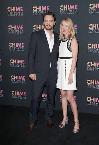 "James Franco et Frida Gianni fêtent les 1 an de la campagne internationale ""Chime for Change"" !"