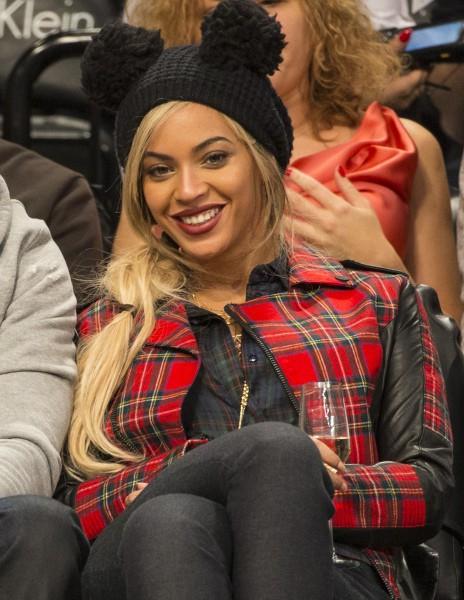 Beyoncé lors d'un match de basket à New York, le 3 février 2014.