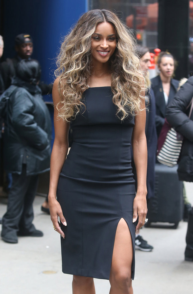 Ciara change de tenue et prend la pose à New York