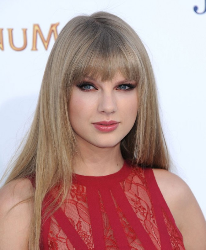 Taylor Swift aux Billboard Music Awards 2012