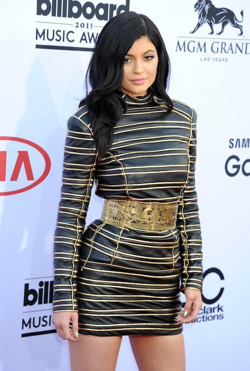 Photos : Billboard Music Awards 2015 : Kendall et Kylie Jenner huées par le public !
