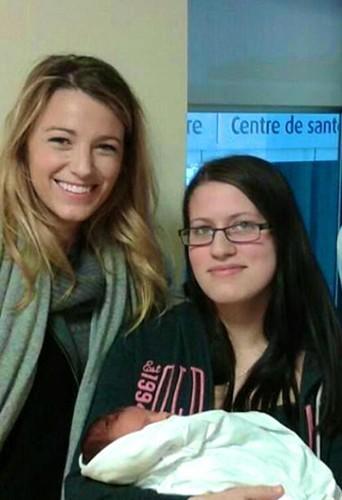 Photos : Blake Lively et Ryan Reynolds en visite dans un hôpital canadien !